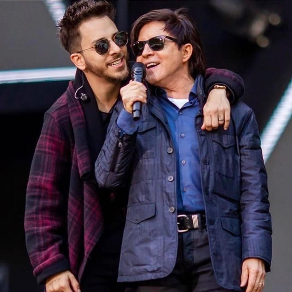 Junior Lima homenageou o pai pelos 63 anos — Foto: Reprodução/Instagram