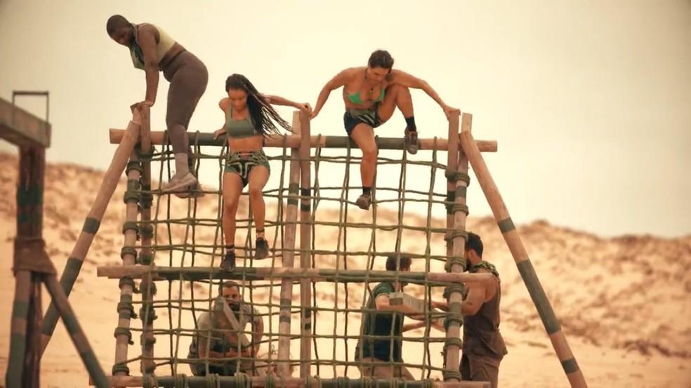 Um dos desafios enfrentados pelos participantes do 'No Limite' — Foto: Reprodução/Globo