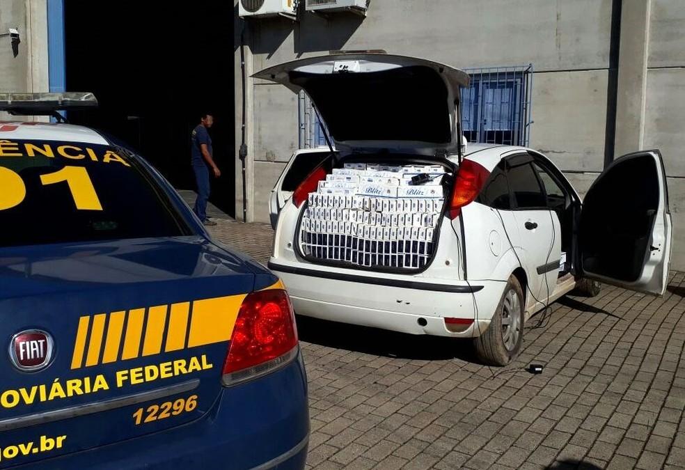 Carga foi encaminhada para a Receita Federal  (Foto: PRF/Divulgação)