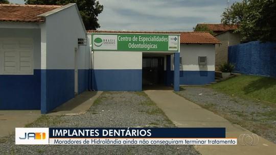 Cerca de 1 mil pacientes que colocaram pinos na boca esperam há mais de 1 ano por implantes de dentes, em Hidrolândia