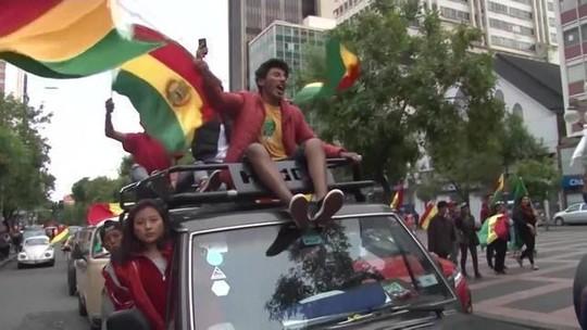 Em rede social, Evo Morales diz que está indo para o México