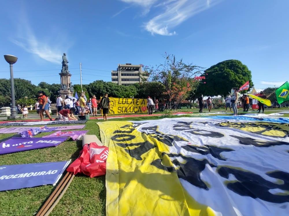 Manifestantes protestam contra Bolsonaro e Wilson Lima em Manaus