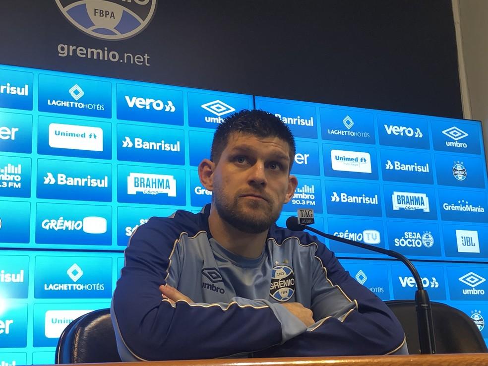 Kannemann fala sobre mata-mata da Libertadores — Foto: Eduardo Moura