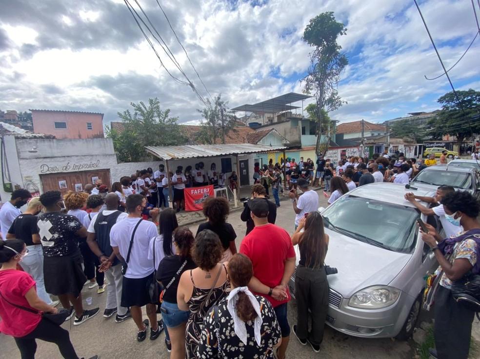 Memorial da Kathlen, no Lins, presta homenagem a jovem morta durante ação da PM — Foto: Ben-Hur / TV Globo