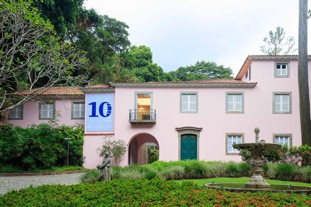 O número 1105 da Rua Cosme Velho, a casa onde viveu Roberto Marinho, é agora um centro cultural (Foto: Divulgação)