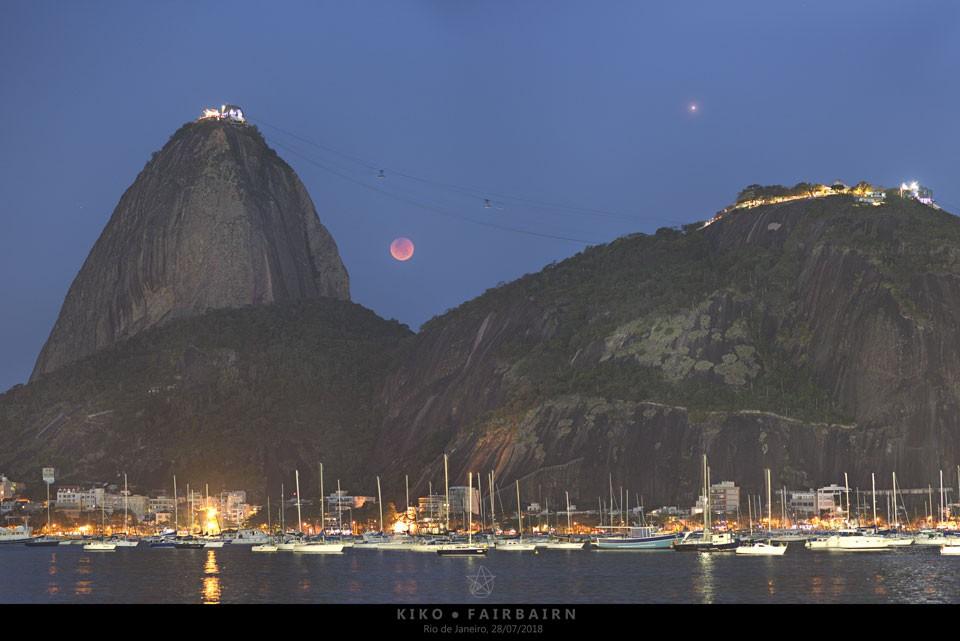 Lua de Sangue de 27 de julho vista no Rio de Janeiro (Foto: Carlos 'Kiko' Fairbairn)