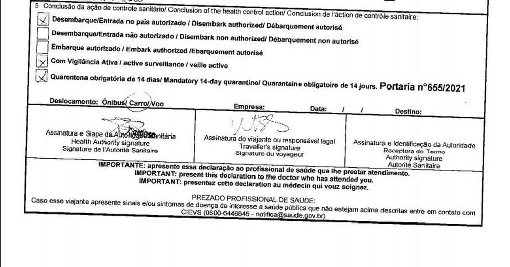 Formulário de entrada assinado por Willian tem compromisso de fazer quarentena de 14 dias — Foto: Reprodução