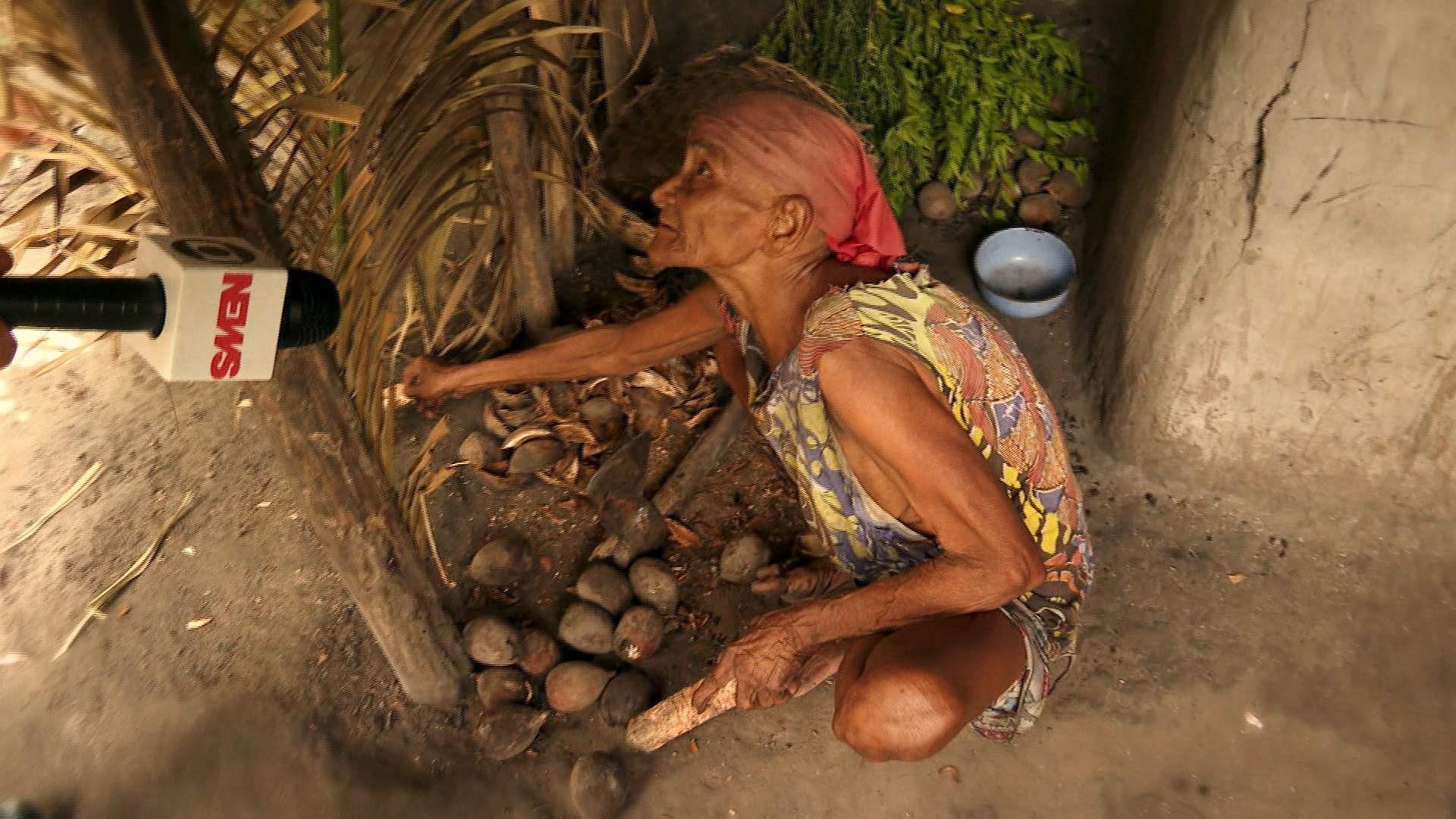 Extrema pobreza: larva de coco é alimento de idosa no Maranhão