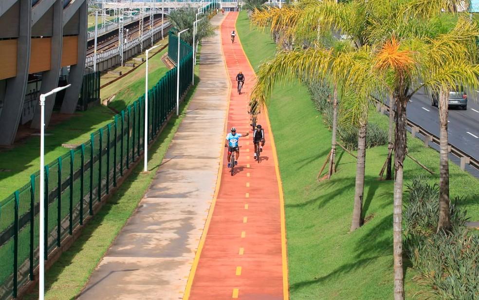 Ciclovia se estende da região do Hospital Sarah até a estação de metrô de Mussurunga (Foto: Manu Dias/GOVBA)