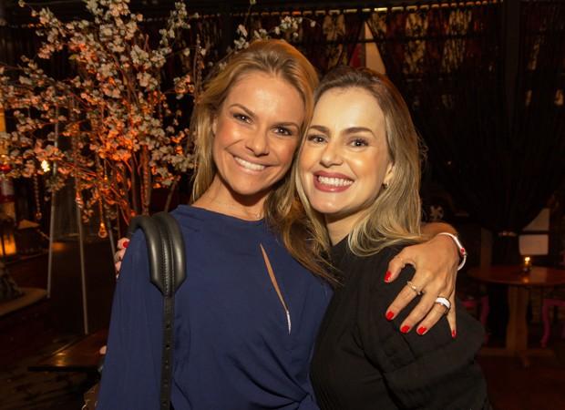 Carol Minhoto e Amanda Pereira  (Foto: Foto:  Divulgação)