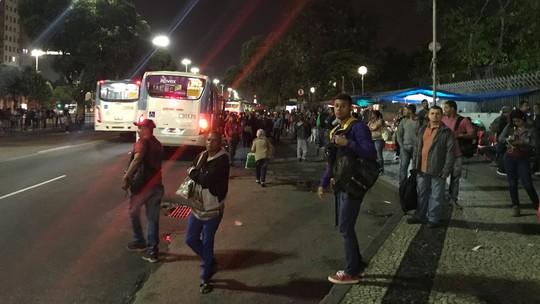 Resultado de imagem para SIGA: Rodoviários fazem paralisação no Rio