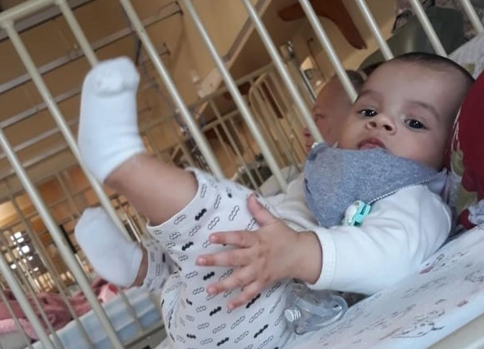 Bernardo nasceu com extrofia de bexiga — Foto: Arquivo Pessoal