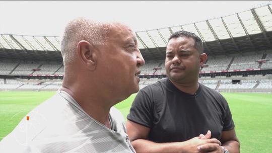 Segurança vítima de injúria racial encontra Reinaldo, ídolo do Atlético-MG e ativista do movimento negro