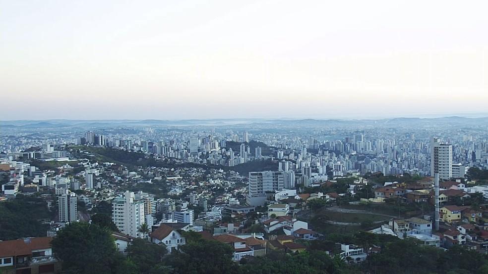 Medidas de isolamento tomadas em Belo Horizonte podem ter antecipado pico na capital. — Foto: Reprodução / TV Globo