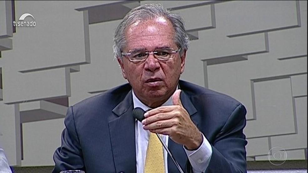 O ministro Paulo Guedes ao falar sobre reforma da Previdência em audiência no Senado nesta quarta-feira (27) — Foto: Reprodução/JN