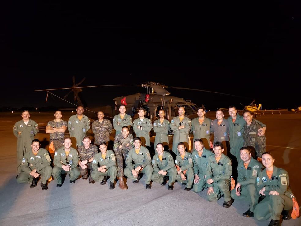Equipe que atuou no resgate dos pilotos — Foto: Ianara Garcia/TVCA