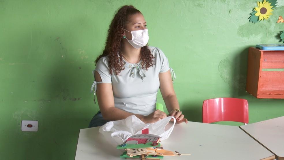 Professora de Ariquemes teve que se adequar as novas realidades de aulas durante a pandemia — Foto: Reprodução/Rede Amazônica