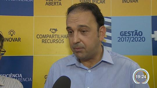 Prefeito eleito de São José quer cortar 9 secretarias e cargos comissionados