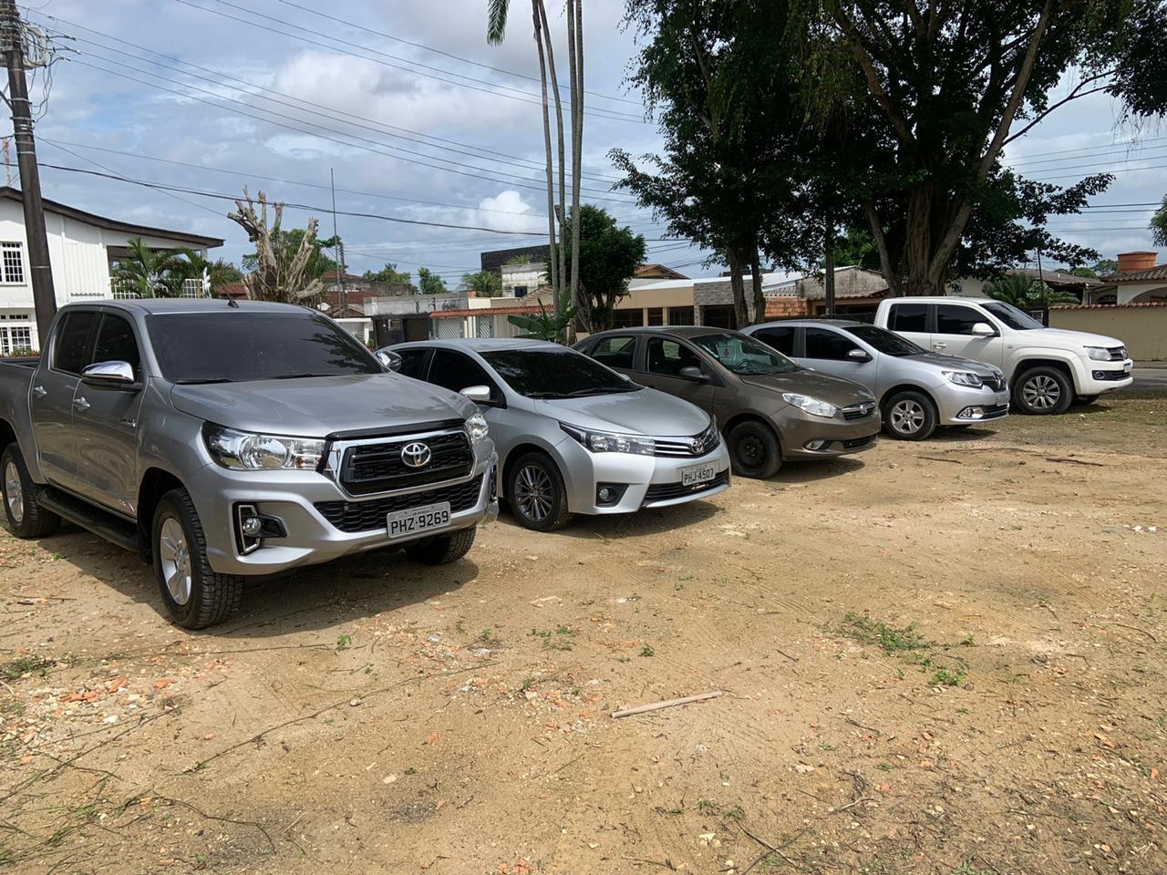 Empresários suspeitos de encomendar carros de luxo clonados são presos durante operação em Manaus
