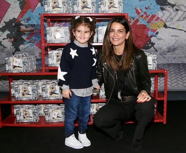 Fernanda Motta e a filha, Chloé (Foto: Manuela Scarpa/Brazil News)