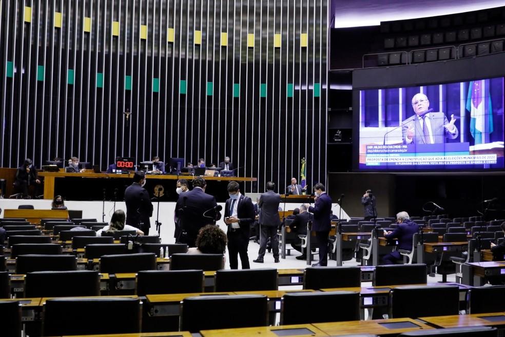 Plenário da Câmara durante a sessão desta quarta (1º), durante votação da PEC das eleições — Foto: Maryanna Oliveira/Câmara dos Deputados
