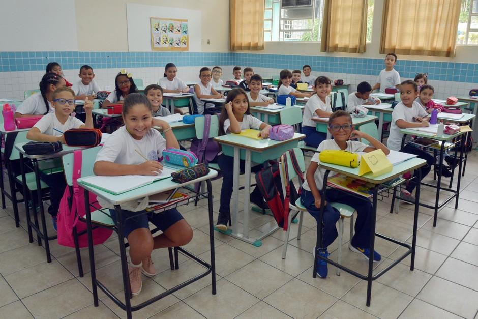 Inscrições para vagas no 1º ano das escolas municipais de São José começam nesta segunda (10)