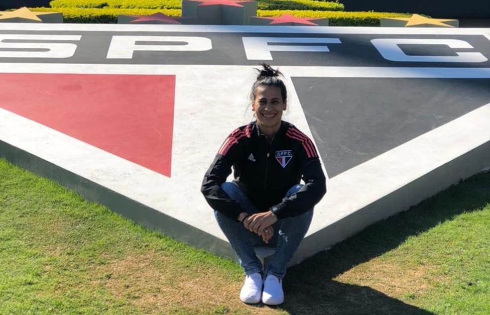 Anne Barros é a única mulher na comissão técnica do São Paulo feminino — Foto: Divulgação/saopaulofc.net