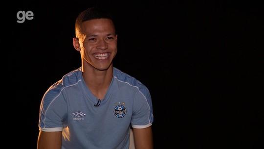 """Gaúcho de tradição, jovem volante do Grêmio busca chance a galope: """"Tenho muito a colher"""""""