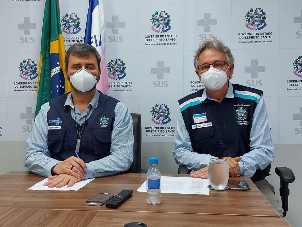 Secretário e subsecretário em coletiva realizada nesta sexta-feira — Foto: Divulgação/Sesa