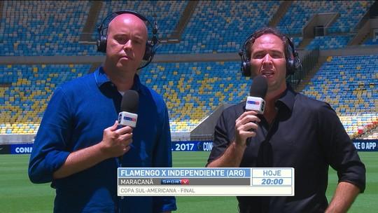 """Antes de final, Caio Ribeiro avalia gramado do Maracanã e aprova: """"Perfeito"""""""