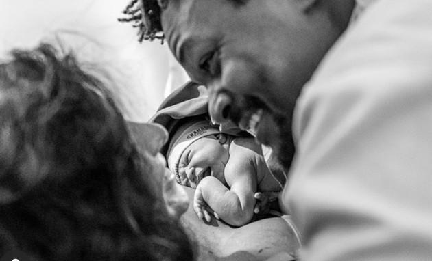 David Junior e Yasmin Garcez com a filha, Eva (Foto: Reprodução)