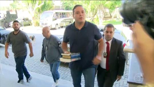 Prefeito de Niterói é preso em desdobramento da Lava Jato no RJ