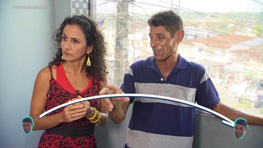Maria conhece os moradores pitorescos de Simões Filho