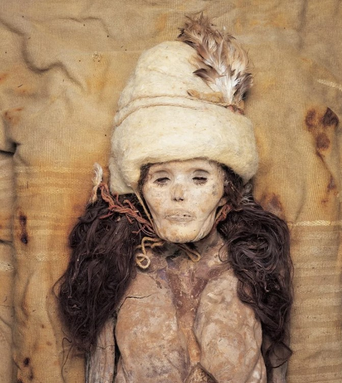 Análise genética revela origem de múmias misteriosas encontradas no interior da China