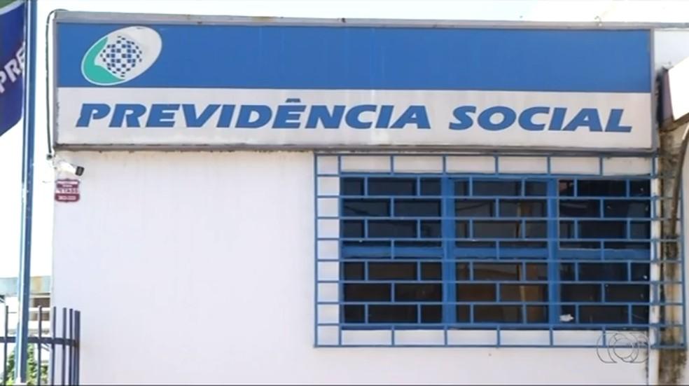 Agência do INSS de Araguaína está sem médico perito (Foto: TV Anhanguera/Reprodução)