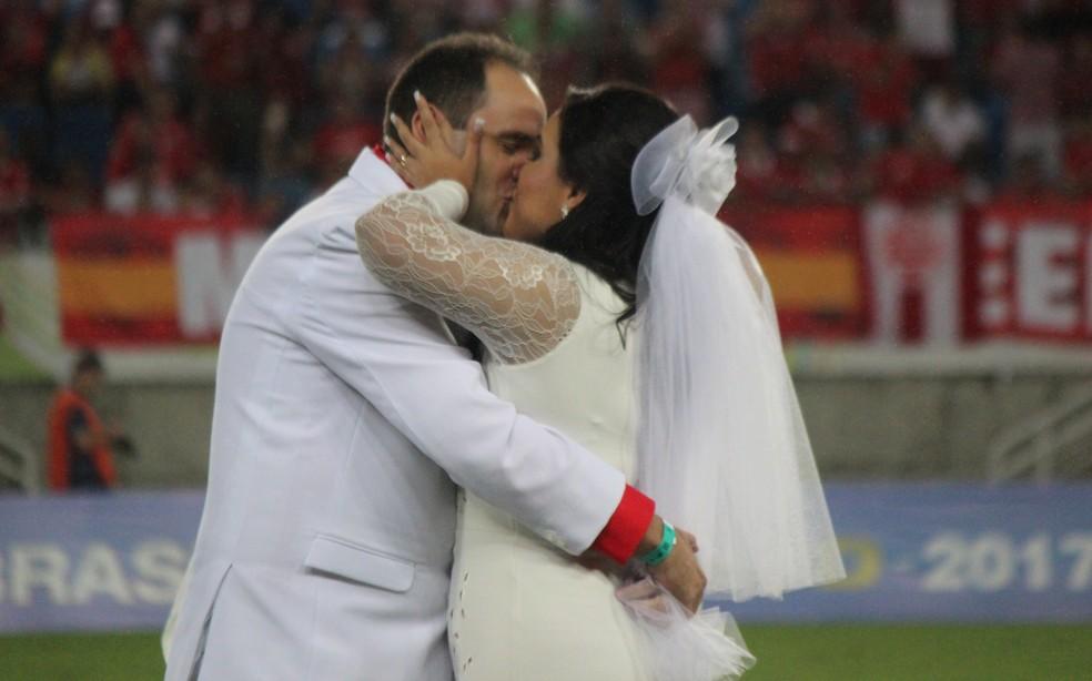 Rodrigo idealizou casamento na Arena das Dunas e Glauce não acreditou que daria certo (Foto: Diego Simonetti/Blog do Major)