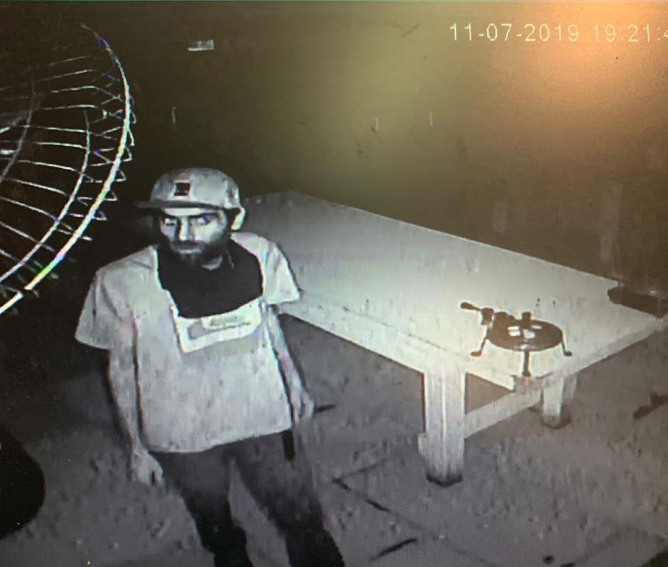 Ladrão é solto em SP e volta ao local do crime para dar 'tchauzinho' - Notícias - Plantão Diário