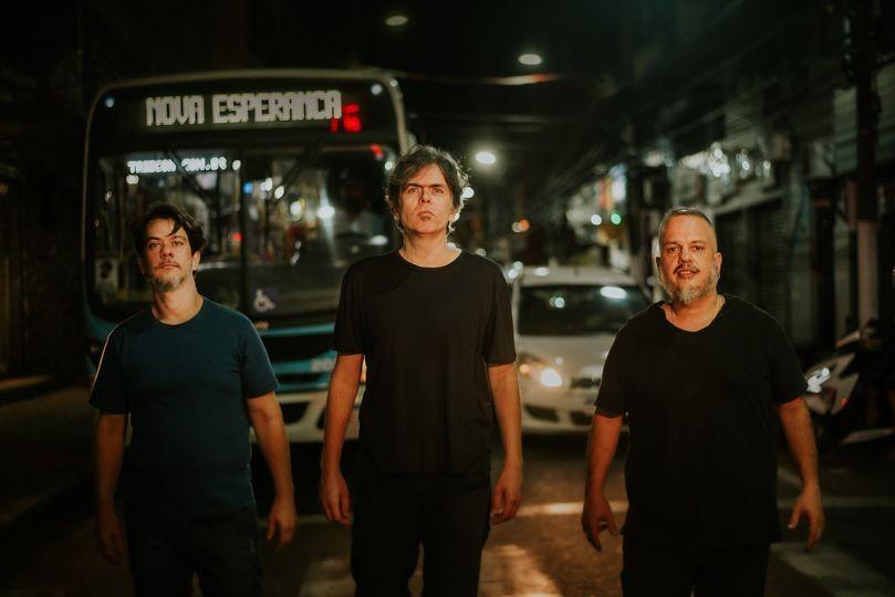 Banda Figurótico lança música em parceria com Bruno Gouveia, vocalista do Biquíni Cavadão