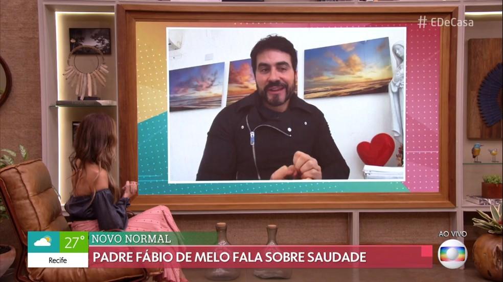 Padre Fábio de Melo fala sobre o 'novo normal' com Patrícia Poeta — Foto: TV Globo