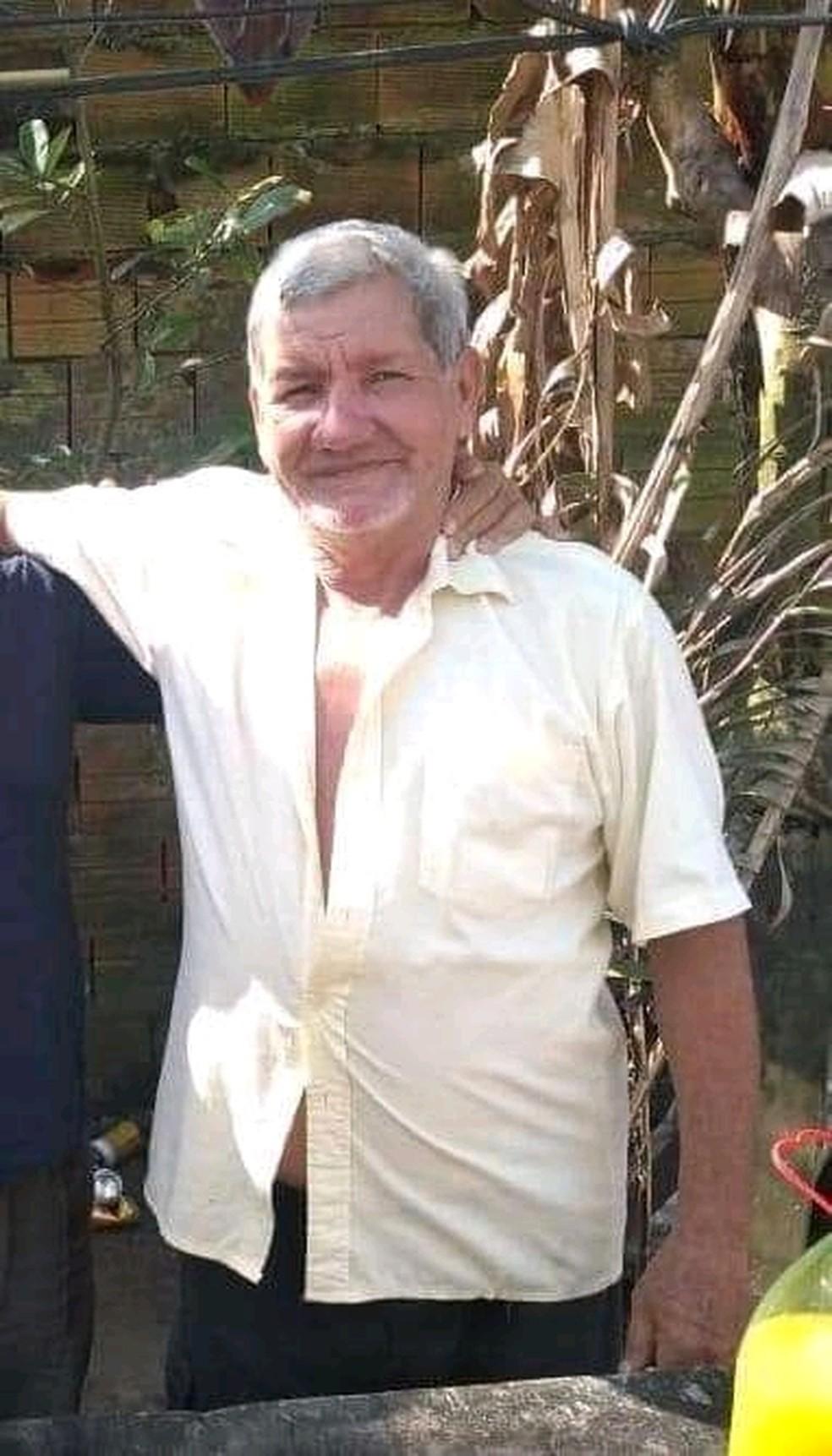 Idoso foi encontrado enterrado em próprio quintal pelos filhos em Ilha Comprida, SP — Foto: Divulgação/Polícia Militar