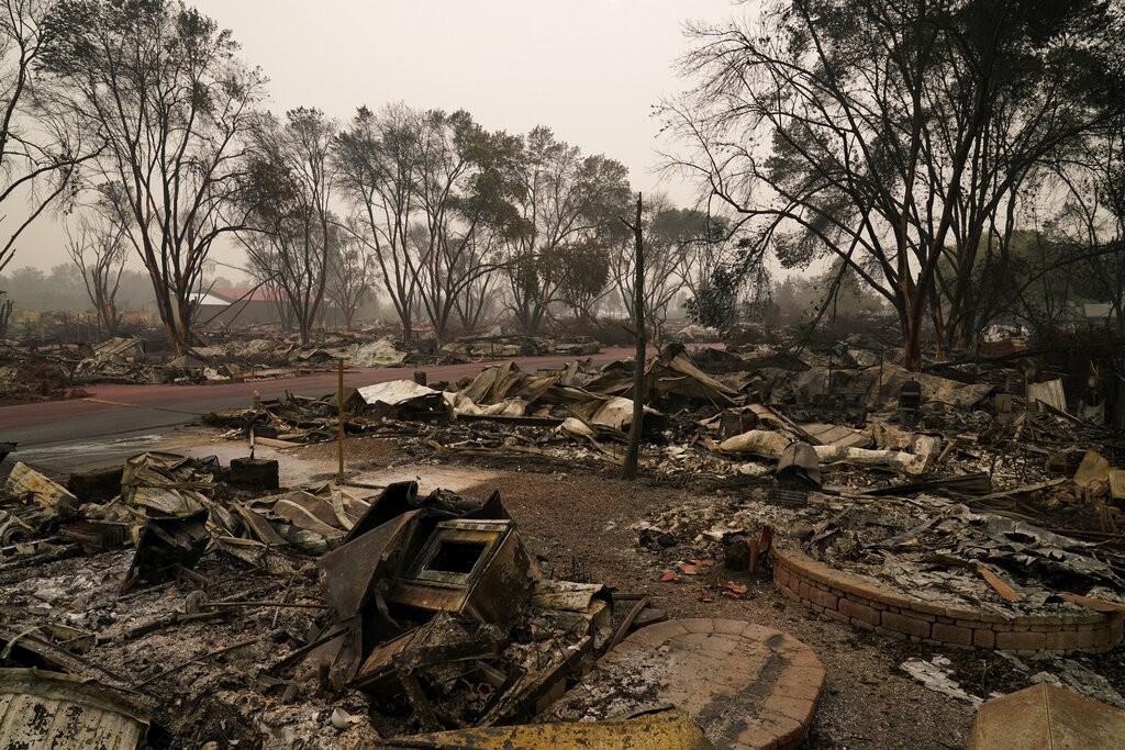 Incêndios no oeste dos EUA já deixaram pelo menos 25 mortos