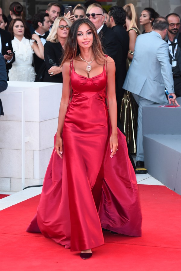 VENICE, ITALY - SEPTEMBER 02:  Madalina Ghenea walks the red carpet ahead of the 'The Sisters Brothers' screening during the 75th Venice Film Festival at Sala Grande on September 2, 2018 in Venice, Italy.  (Photo by Eamonn M. McCormack/Getty Images) (Foto: Getty Images)