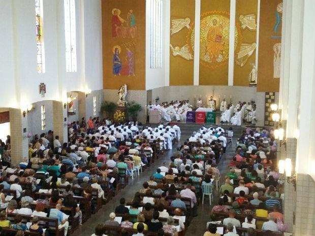 Com o alerta do coronavírus, Diocese de Uberlândia altera ritos nas missas e celebrações como medida de segurança