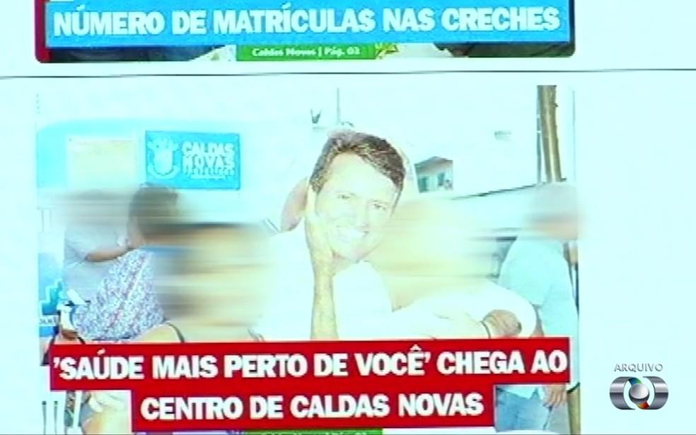 -  MP denunciou que prefeito de Caldas Novas, Evandro Magal, fez propaganda irregular perto do período eleitoral, em Goiás  Foto: Reprodução/TV Anhangue