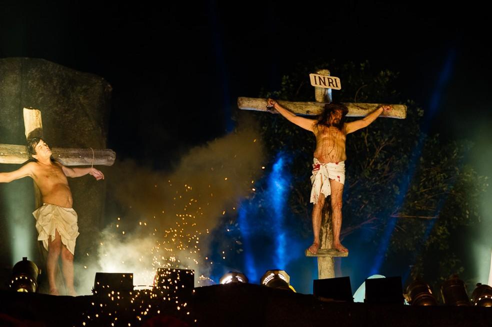 Espetáculo da Paixão de Cristo é tradicionalmente apresentado gratuitamento no Marco Zero do Recife (Foto: Divulgação/Welligton Dantas)
