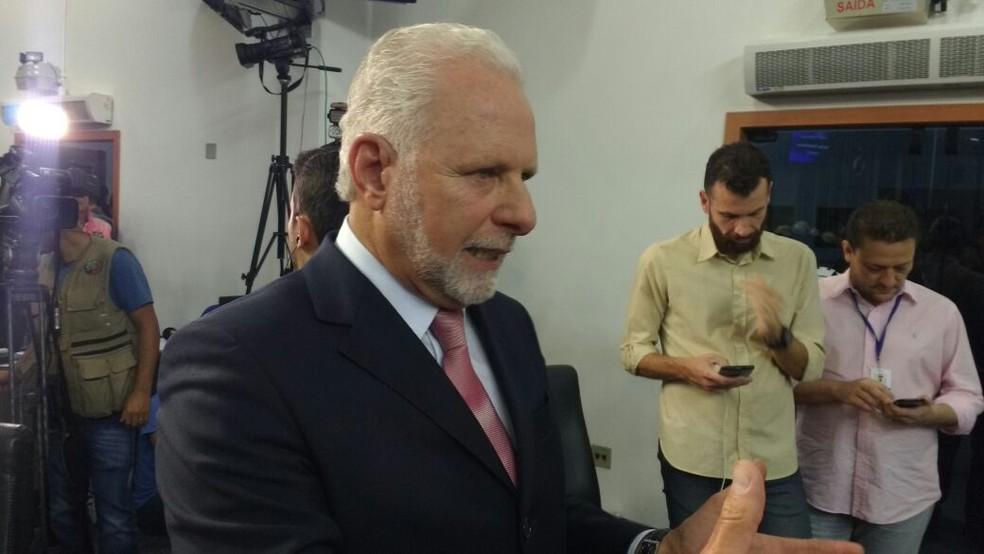 Vereador Marinho Marte questionou parecer que impedia a votação de Anselmo Neto (Foto: Eduardo Ribeiro Jr./G1)