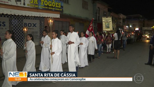 Procissão e missa em Camaragibe celebram Santa Rita de Cássia