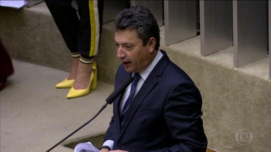 PF cumpre mandados de busca e apreensão contra o deputado federal Sergio Souza (MDB)
