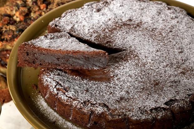 Receita fácil de torta de chocolate  (Foto: Divulgação)