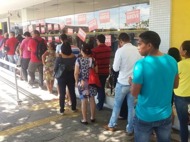 Bancos, fim da greve, Macapá, Amapá (Foto: John Pacheco/G1)